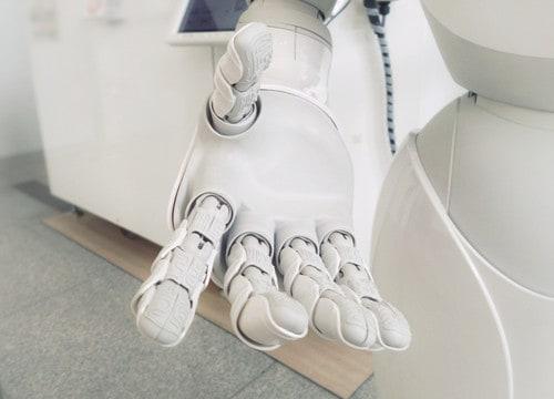 AI-hand